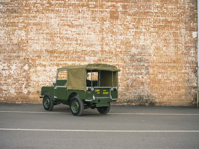 WORLD DEBUT FOR LAND ROVER SERIES I 'REBORN' AT 2016 TECHNO-CLASSICA 1