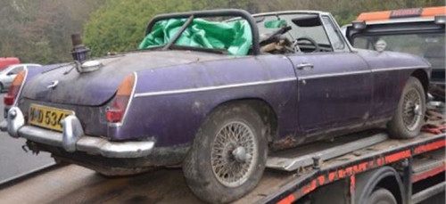 MG Rally Car Rescued