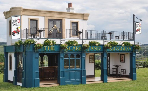 Scarf & Goggles Pub