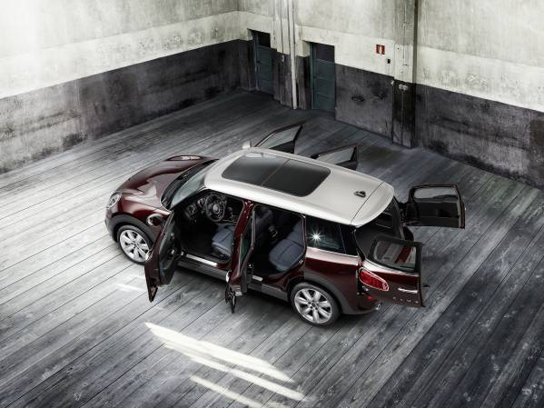 new mini clubman pure burgundy metallic