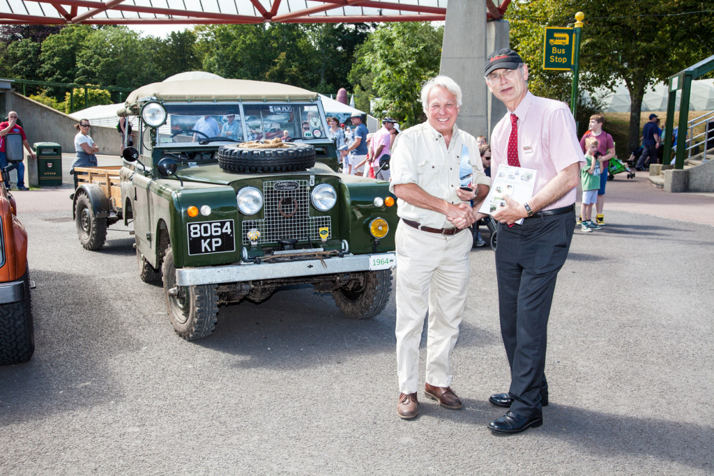 People's Choice winner Chris Pendred with Commercial Director, Stephen Munn. 1964 Series 2a with Brockhouse trailer