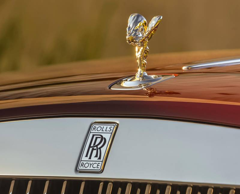 Rolls-Royce Grill and Emblem