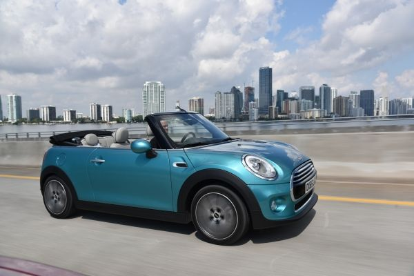 New MINI Convertible 1