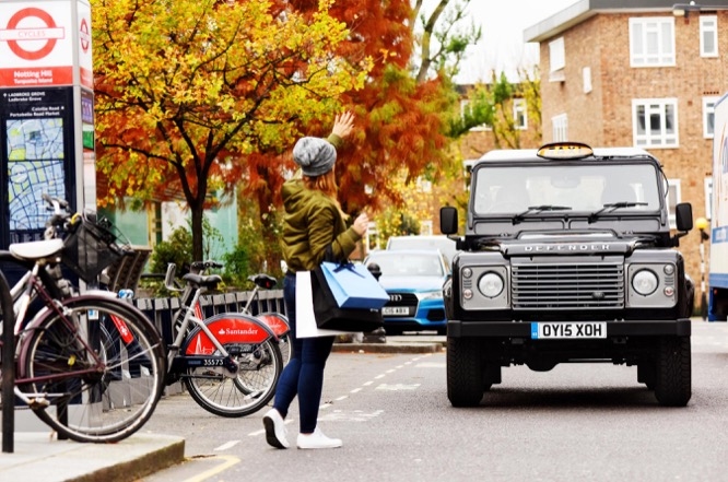 Taxi Land Rover Defender 1