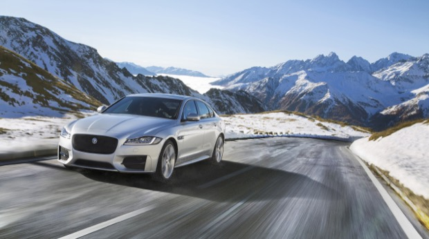JAGUAR XF 01 Location