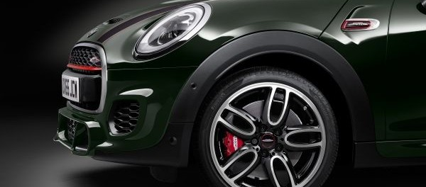MINI USA ANNOUNCES US MARKET PRICING FOR NEW MINI CONVERTIBLE AND ADDITION OF JOHN COOPER WORKS VARIANT 2