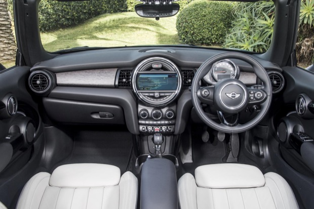MINI Cooper Convertible - Interior