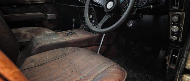 1968 Aston Martin DBS interior