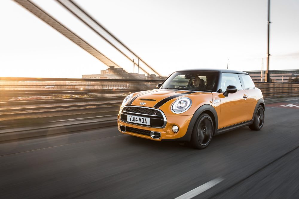 Double win for MINI at Auto Express Awards 2016