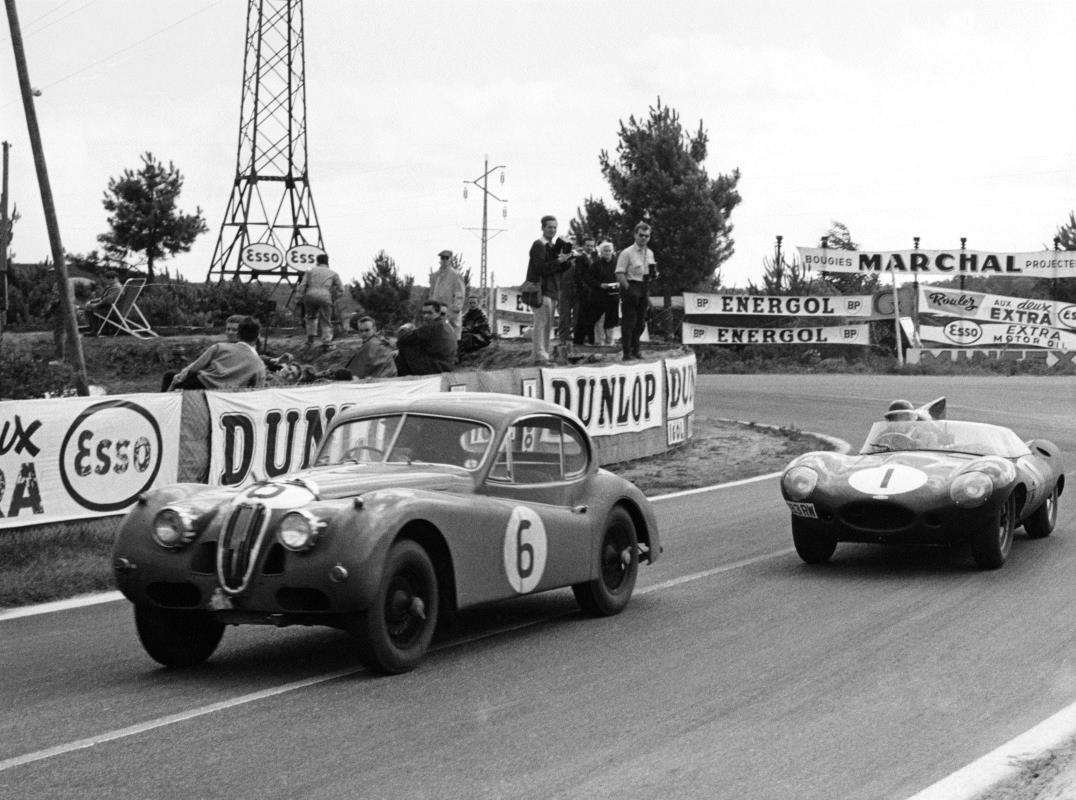 Le Mans Jaguar XK 40 PWT 846
