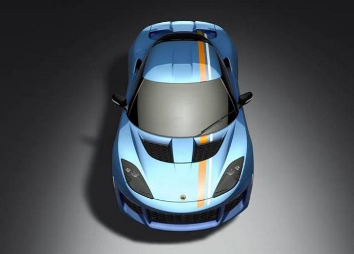 Lotus fans give Evora 400 an Exclusive iconic racing colour scheme 3