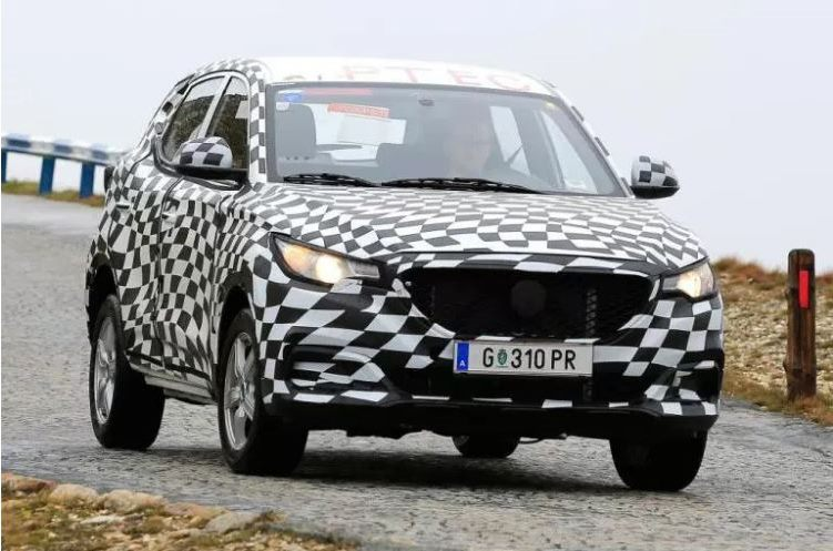 MG ZS Spy Shots - Front Quarter