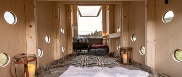 Land Rover builds compact Christmas cabin for Santa.jpg