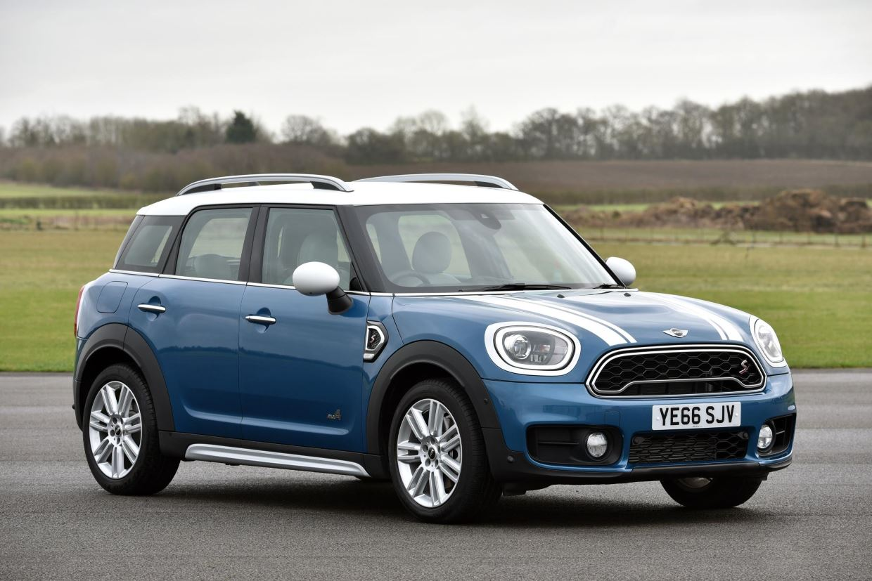 MINI Cooper S Countryman ALL4. Island Blue metallic