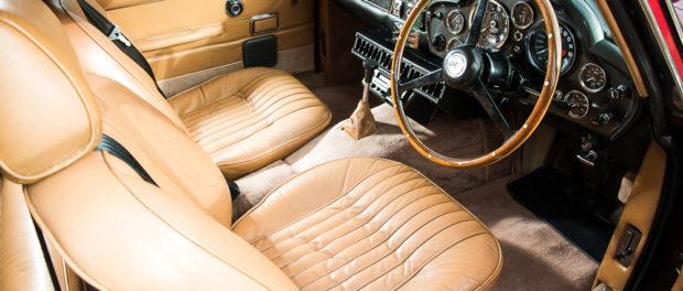 1971 Aston Martin DB6 MKII Vantage interior
