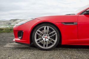 Jaguar Announces F TYPE with 4 Cylinder Ingenium Engine BEH 4103v2