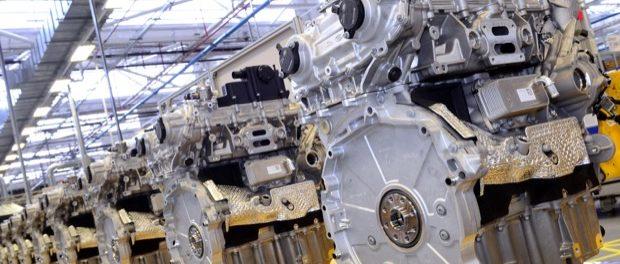 Jaguar Land Rover Engine Manufacturing Celebrates Ingenium Petrol Engine 4