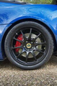 Lotus Exige Cup 380 rear wheel (8)