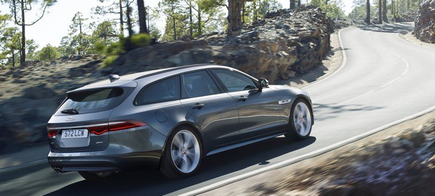 Jaguar Introduces New XF Sportbrake