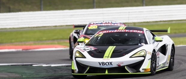 McLaren 570S GT4 Takes Victory at Silverstone - 2017 British GT Rd4 Silverstone-2327