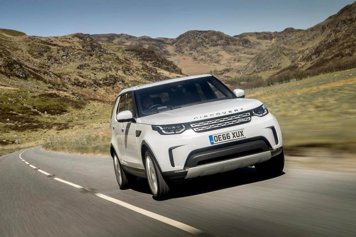 "New Land Rover Discovery, Auto Express' ""Car of The Year 2017"""