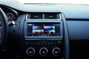 JAG EPACE 18MY InteriorDetailsScreen 130717 16