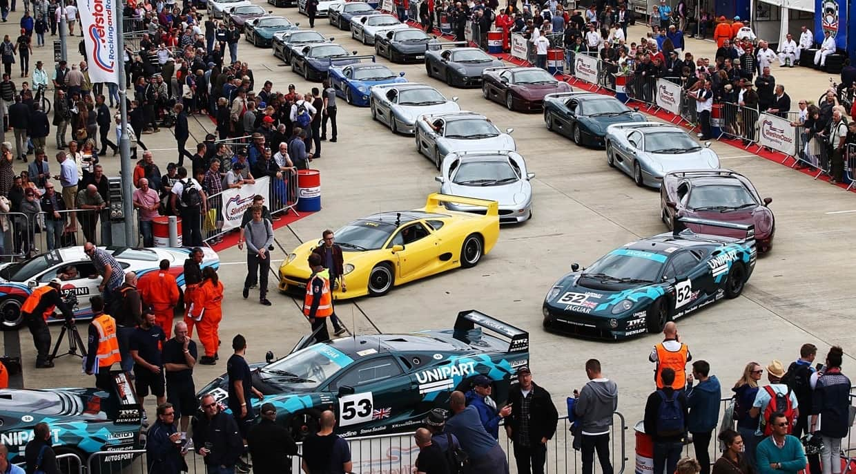 Jaguar XJ220s line up for anniversary track parade