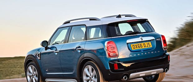 MINI Countryman Earns Top Safety Pick