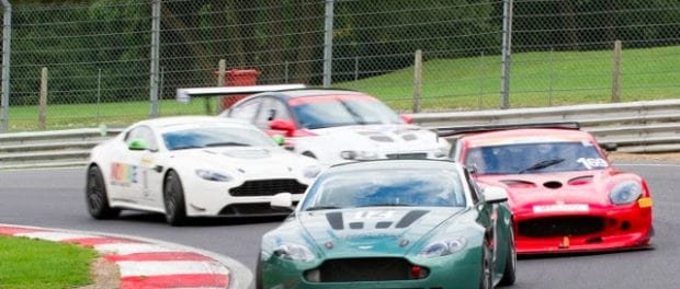 AMOC Racing Entertains at Brands Hatch