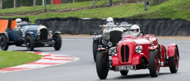 AMOC Racing Entertains at Brands Hatch 4