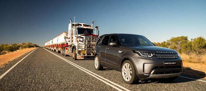 Land Rover Discovery Tows 110 Ton Road Train