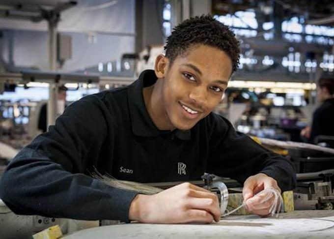 Rolls-Royce Apprenticeship Programme 2018 2