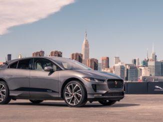 Jaguar - I-PACE takes on smart cone challenge - Image_230318_03