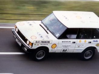 The Beaver Bullet on the banking at MIRA in August 1986, when Land Rover claimed 27 sprint and endurance records