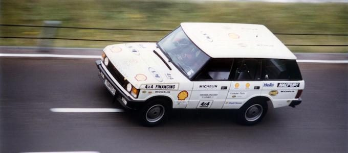 The Beaver Bullet Range Rover on the banking at MIRA in August 1986, when Land Rover claimed 27 sprint and endurance records
