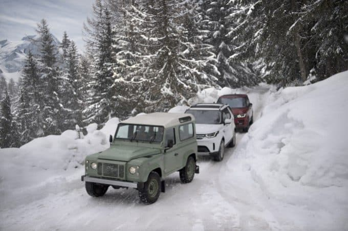 land rover line in the snow 04