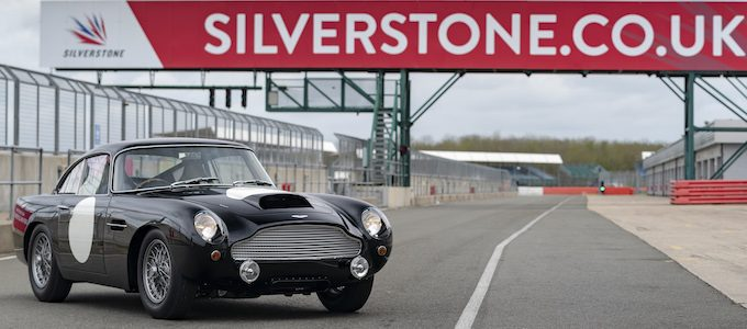 Aston Martin DB4 GT - Photo Max Earey (1)