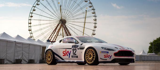 Sky liveried V8 Vantage GT4 - Martin Brundle Chris Hoy