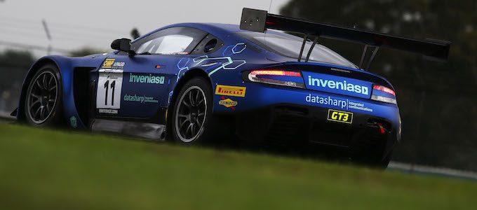 Aston Martin Wins British GT Championship 11-01