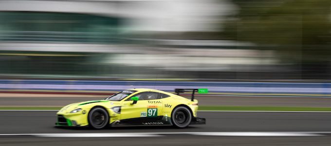 Aston Martin Heads to Japan in Search of Glory 3