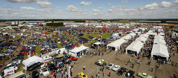 Classic Minis to party at 2019 Silverstone Classic 2