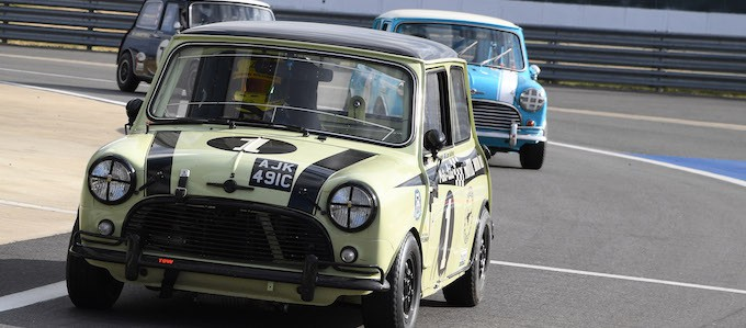 Classic Minis to party at 2019 Silverstone Classic 4