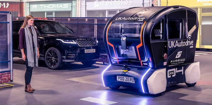 JLR Develops Projection System for Self-Driving Vehicles POD - 4