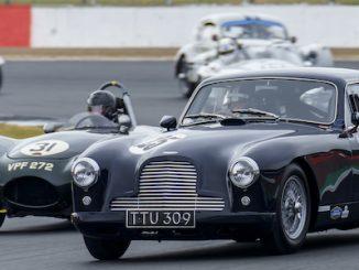 Aston Martin Heritage Racing 09