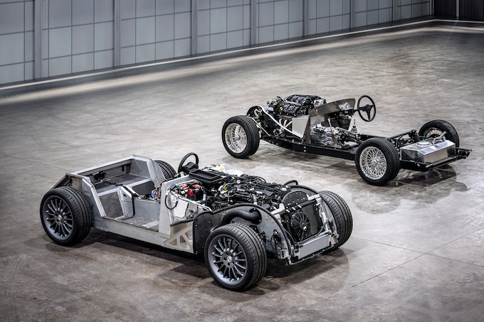 Morgan CX-Generation platform and traditional steel chassis