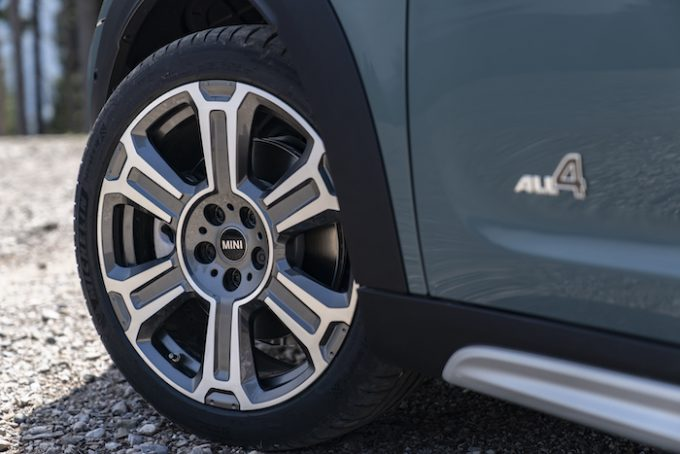 The New 2021 MINI Countryman - Cooper S All4 and wheel detail