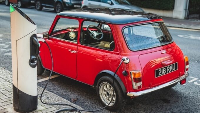 Classic Mini that has been electrified getting its recharge