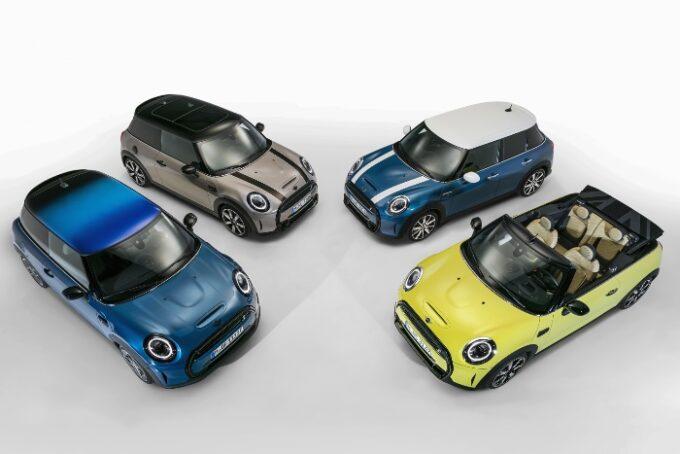 MINI USA unveils new MY 2022 MINI Hardtops and Convertibles - 16