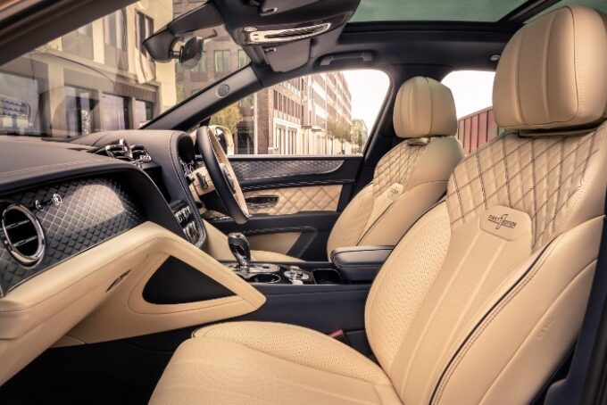 New Bentayga Hybrid - interior seats