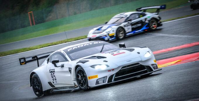 Aston Martin Vantage 951